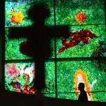 V kostele sv. Ducha v Ostravě byla dokončena unikátní vitrážová okna malíře Jakuba Špaňhela