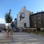 Fasádu chátrající ostravské Ostravice zdobí velký portrét Madony na Ostravici od amerického umělce Nilse Westergarda, zdroj: ČTK, 20.6.2016